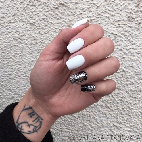 black and white nails for prom