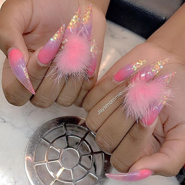 strange nails with pompons