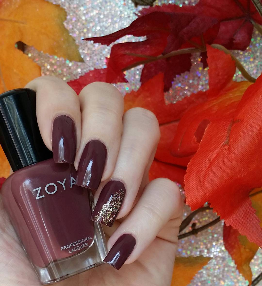 dark wine red nails for fall