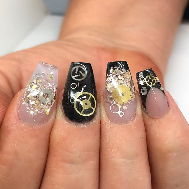steampunk-acrylic-nails