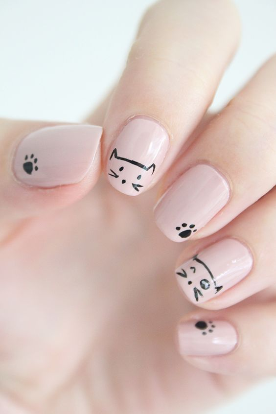 beige nails with cats and cat paws - Cat Nail Art: Types, Designs, Photos 2017 Nailspiration.com