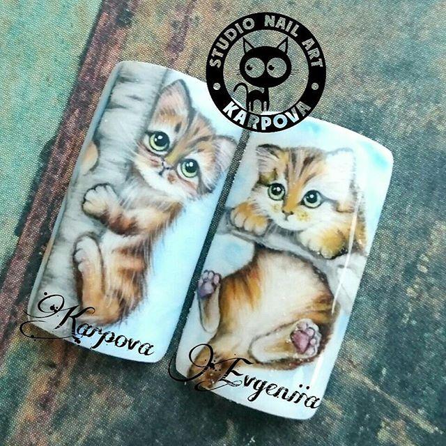 ногти с рисунком котики на деревьях