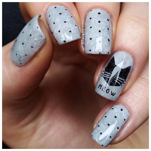 grey meow nail design