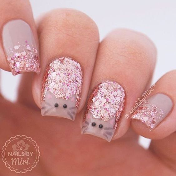 glitter nails with cats face - Cat Nail Art: Types, Designs, Photos 2017 Nailspiration.com