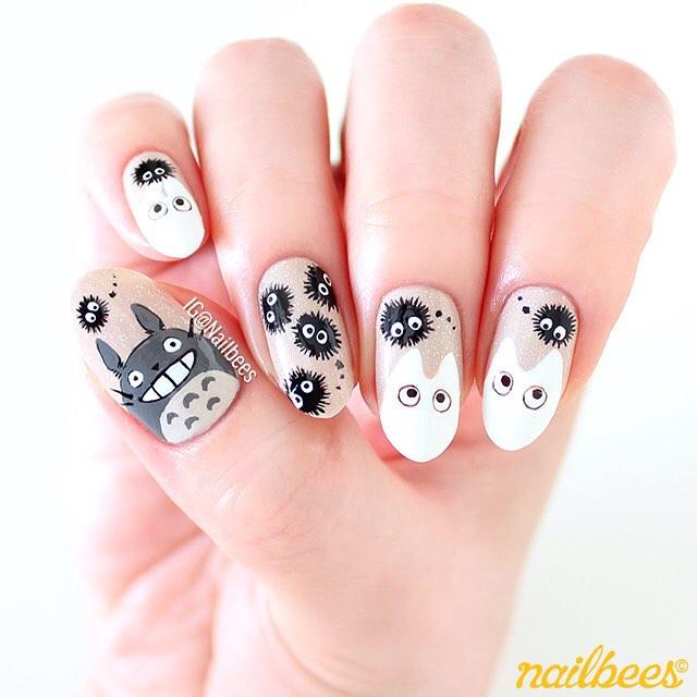 маникюр кот тоторо