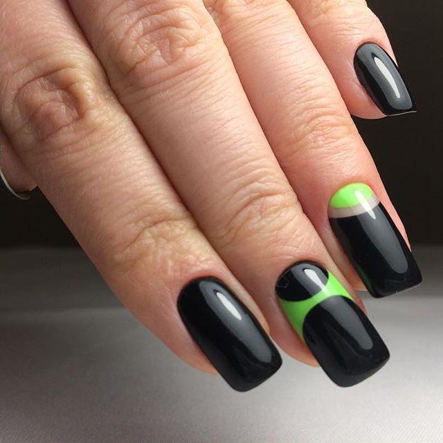 черно-зеленый дизайн маникюра
