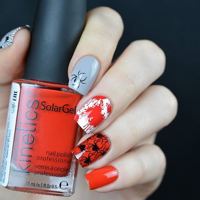 gray-white-red Halloween spider nails
