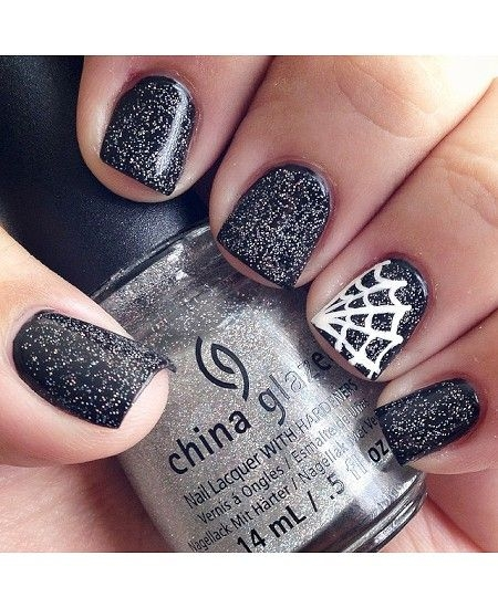 simple glitter black spider web nails