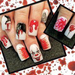 белый маникюр на хэллоуин с клоуном и брызгами крови
