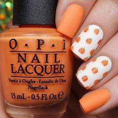 бело-оранжевый маникюр тыква стемпинг