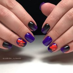 фиолетово-черное омбре на ногтях с красными кленовыми листьями