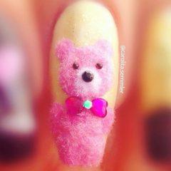маникюр пушистый розовый мишка