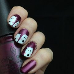 фиолетовый маникюр с белыми медведями