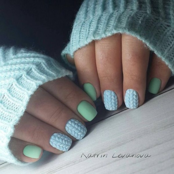 зимний дизайн ногтей свитер на Рождество