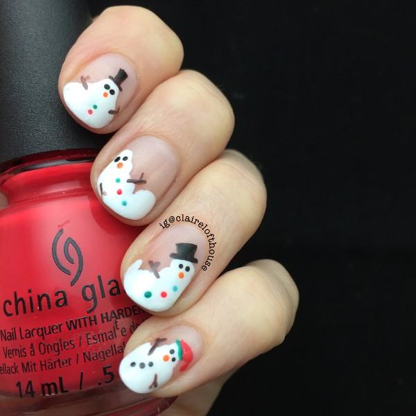 маникюр на Рождество со снеговиком
