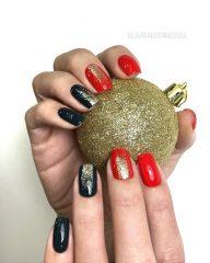 черно-красный маникюр на новый год и Рождество