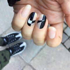 черно-белые-контрастные-ногти-найк