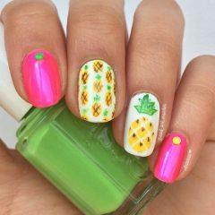 бело-розовые-ногти-ананас