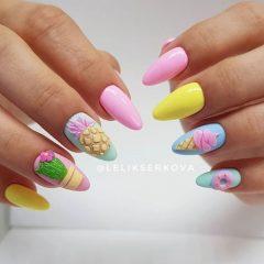 летний-маникюр-ананас-кактус-мороженое-пончик