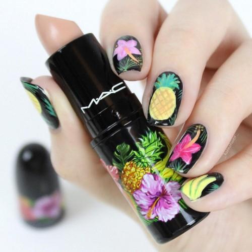 черный-маникюр-с-ананасами-и-цветами