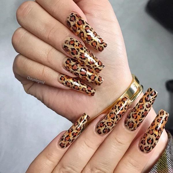 длинные-нарощенные-леопардовые-ногти