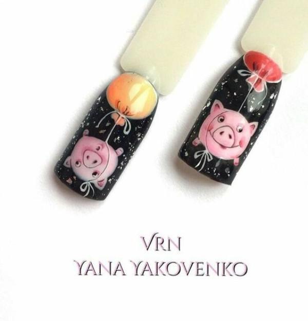 черный маникюр со свинками
