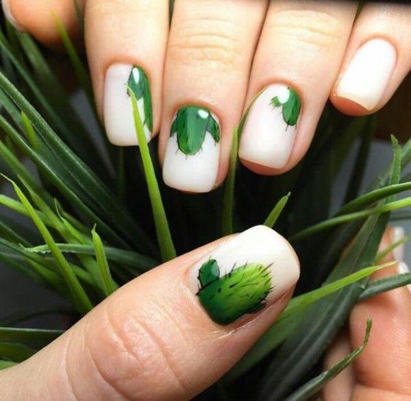 светлый маникюр с рисунком кактуса