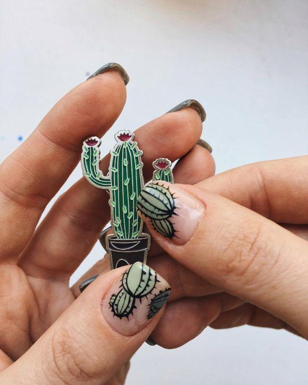 нюдовый маникюр кактус