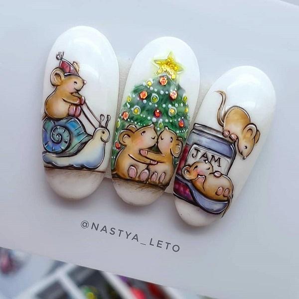 маникюр с мышками на Рождество
