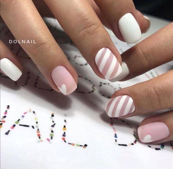 белый дизайн ногтей с розовым гель лаком