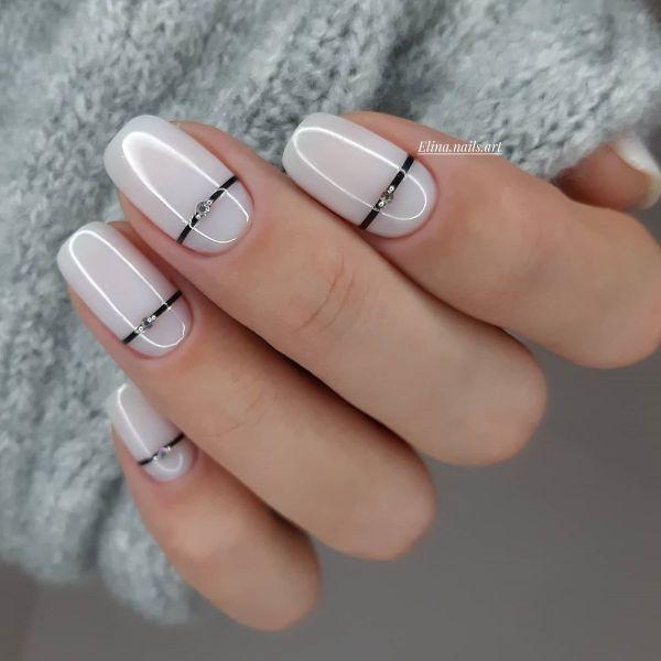праздничный белый дизайн ногтей