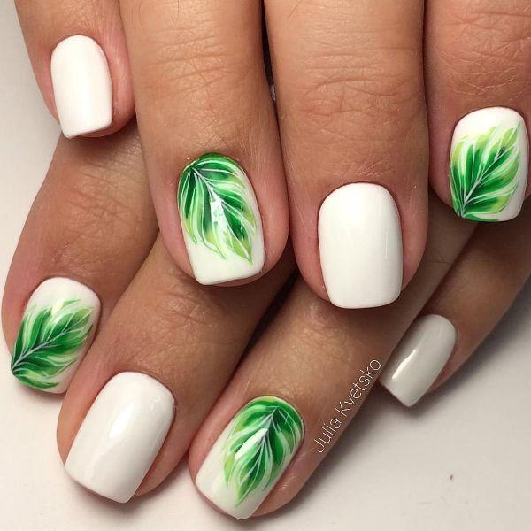 белый нейл-арт с зелеными листиками