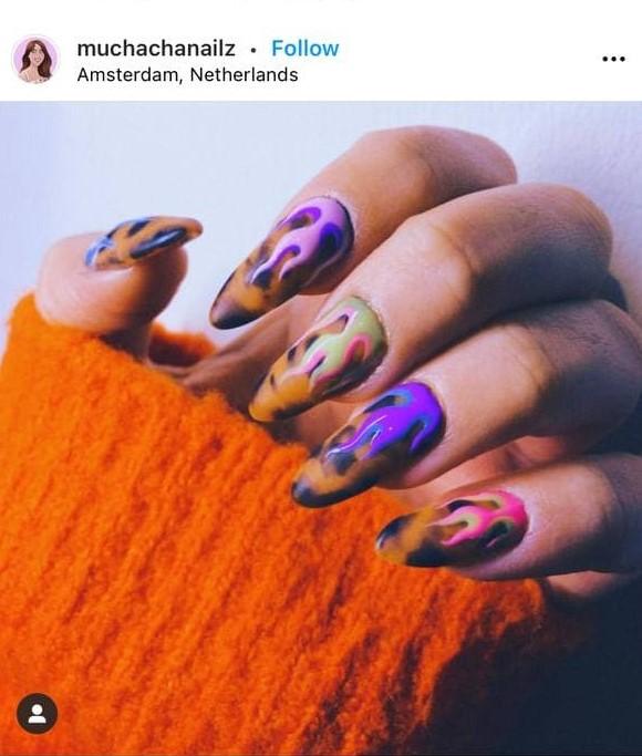 леопардовый маникюр с фиолетовым пламенем