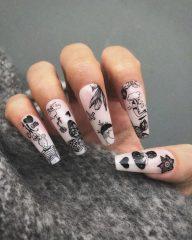 маникюр татухи на ногтях